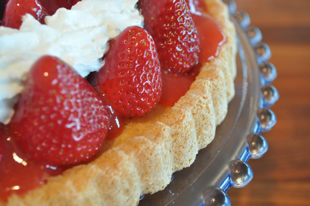 Strawberry Pie - Strawberry Tart with Whip